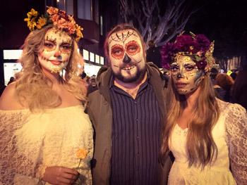 Dia de Muertos/Day of the Dead